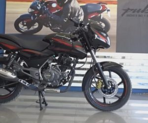 2017 bajaj Pulsar 150 spotted 300x250 2017 Bajaj Pulsar 150 spotted at dealership, continues with BS III engine