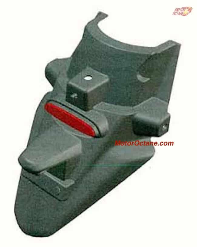 Bajaj-Chetak-rear-fender