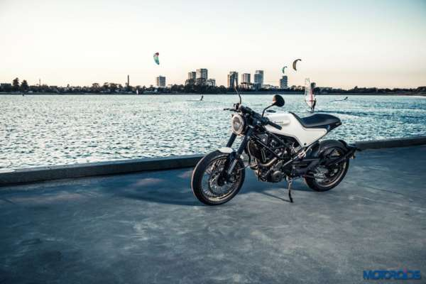 Husqvarna-Vitpilen-401-production-official-36-600x400