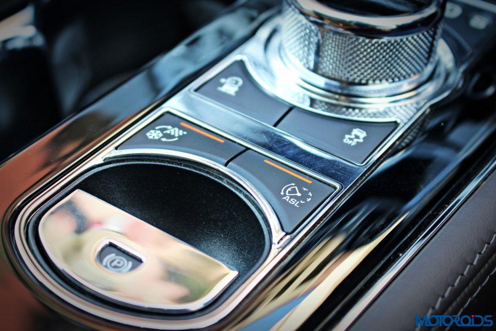 jaguar-xjl-review-centrel-console