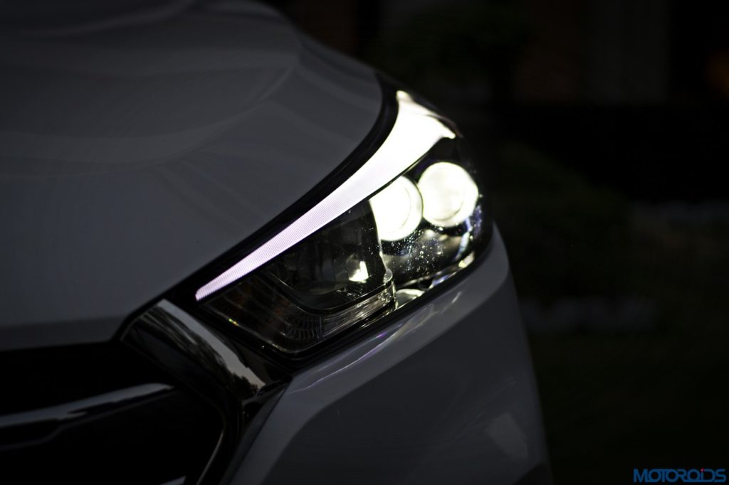 new-hyundai-tucson-headlamp-1