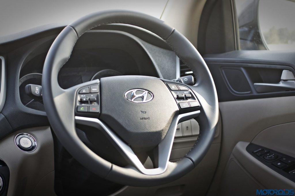 new-hyundai-tucson-steering-wheel