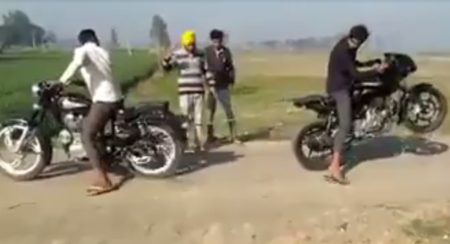 VIDEO: Place your bets on this Royal Enfield Bullet vs Bajaj Pulsar tug of war
