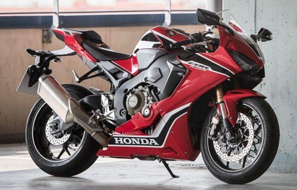 new-2017-Honda-CBR1000RR-3-600x385