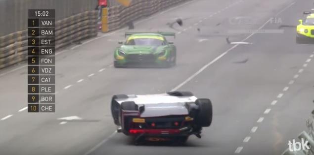 Audi-R8-LMS-crash-1