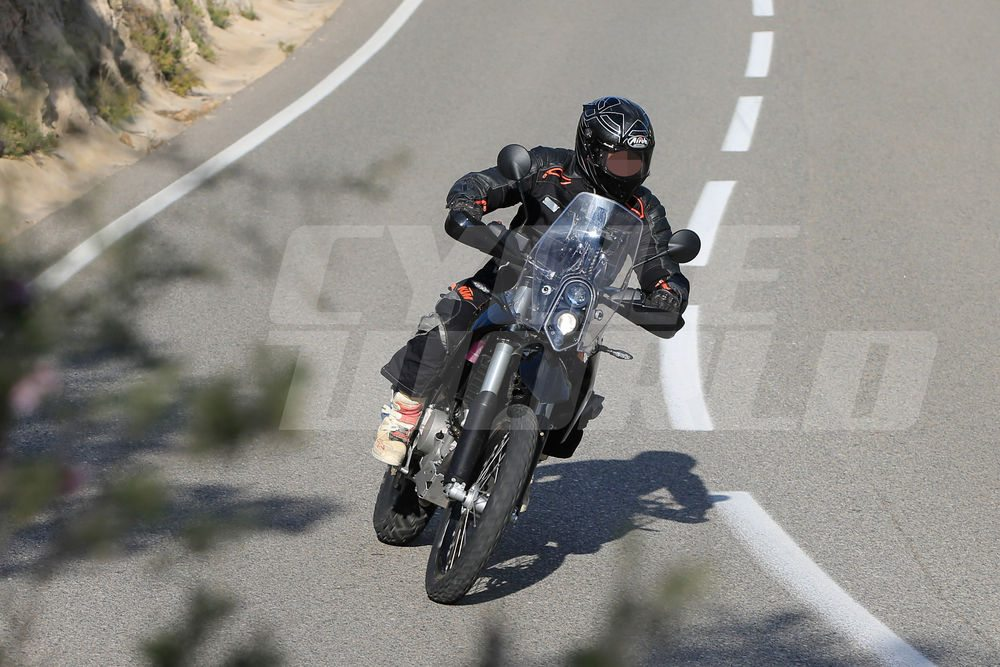 KTM-390-Adventure-Spy-Images-2