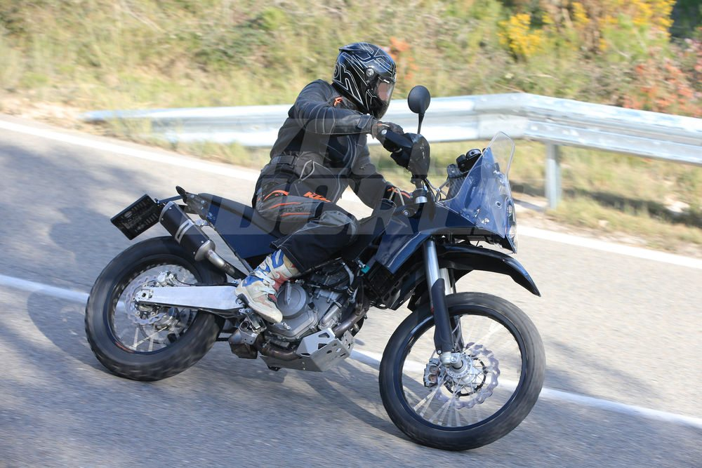 KTM-390-Adventure-Spy-Images-5