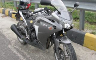 Man puts Honda CBR250R up for sale because he got bored of its reliability 1 320x200 Man puts Honda CBR250R up for sale because he got bored of its reliability
