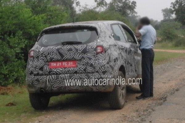 Renault-Kaptur-spied-in-India-2