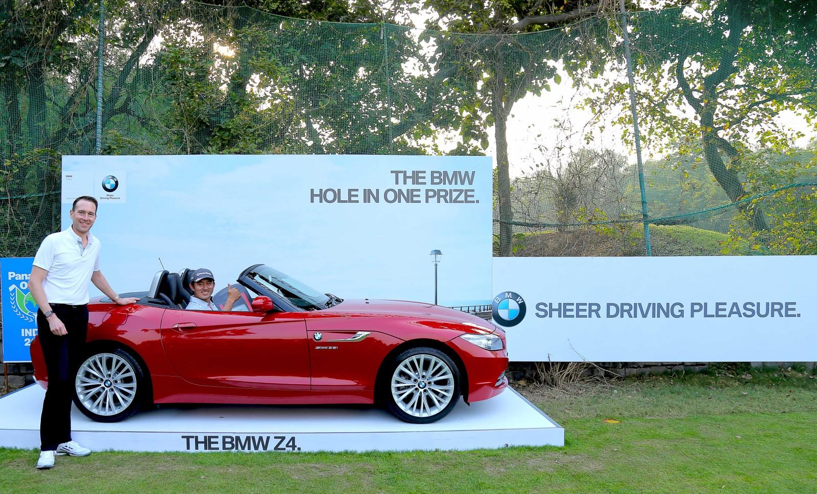South-Korean-Golfer-Sung-Lee-drives-home-a-BMW-Z4-2