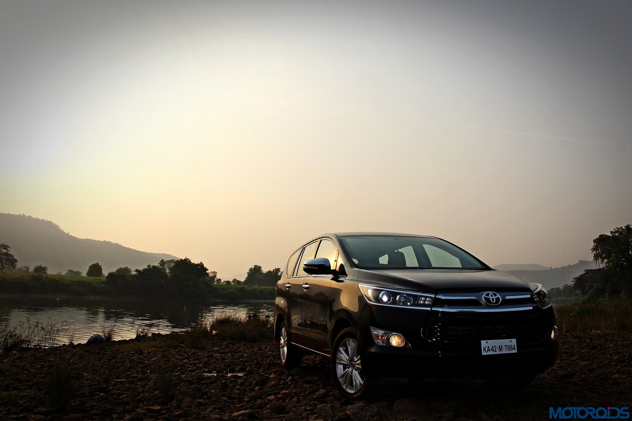 toyota innova crysta price in india  variants