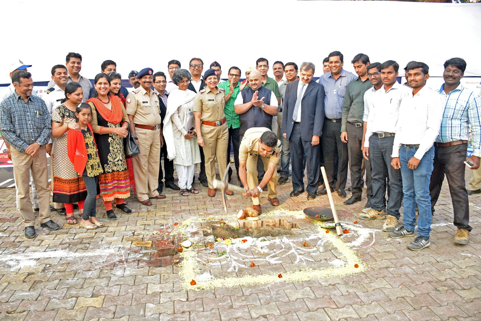 Volkswagen-India-Centralized-Traffic-Control-Centre-Pune-Police-Headquarters-1