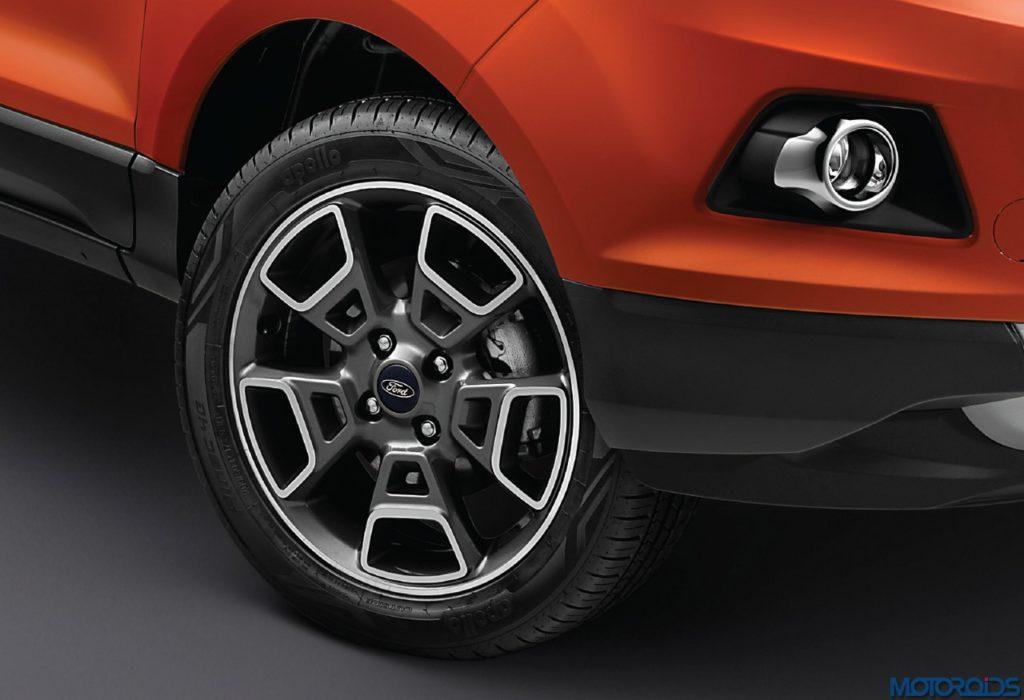 09-Ford-EcoSport-Platinum-Edition-17-Inch-Diamond-Cut-Alloy-Wheels-1024x700