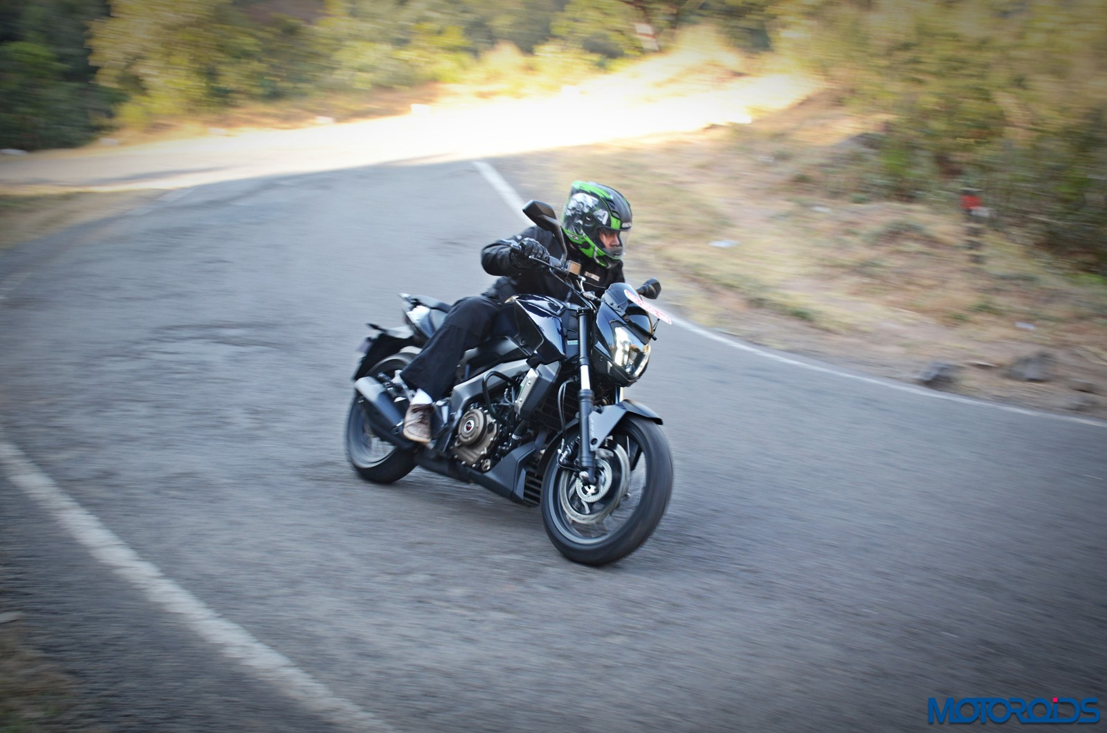 Bajaj-Dominar-400-Action-shots-10