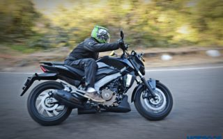 Bajaj Dominar 400 Action shots 11 320x200 Bajaj Dominar 400 Exhaustive Performance Review : Not a Dram of Islay Malt But...
