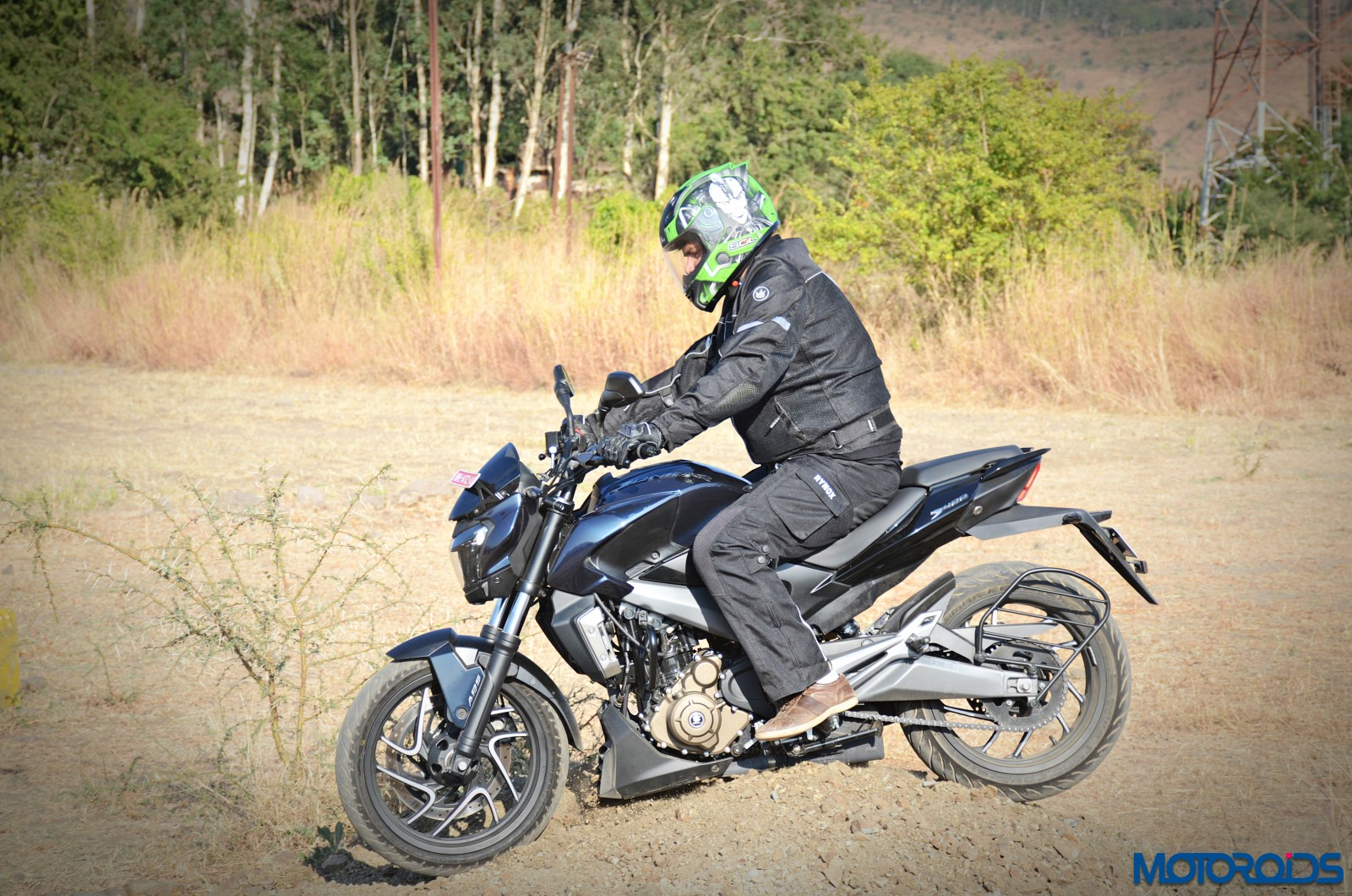 Bajaj-Dominar-400-Off-road-2