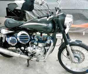 DC Design Royal Enfield 2 300x250 DC Design Royal Enfield 500 Images Reveal Retro Futuristic Body Kit Worth INR 2.5 Lakhs