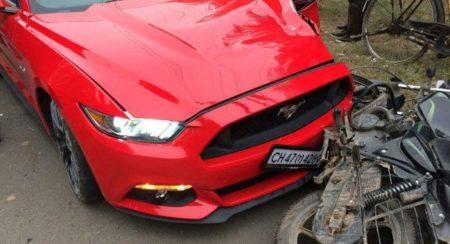 Ford Mustang Crash India (1)