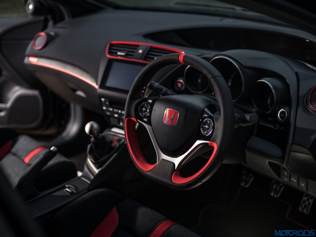 Honda-Civic-Type-R-Black-Edition-6-1024x768