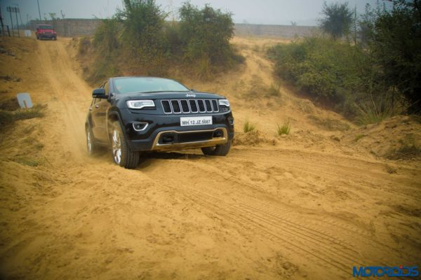 Jeep-Grand-Cherokee-on-Camp-Jeep-Off-Road-Trail-600x400