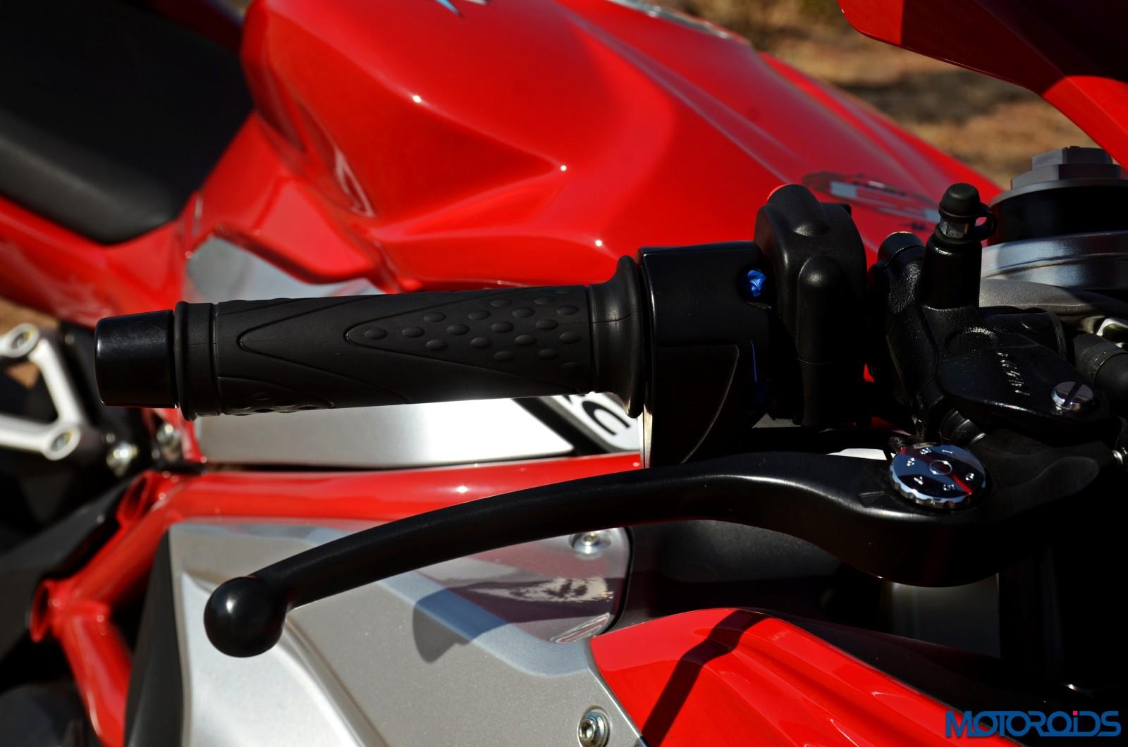 MV-Agusta-F3-800-Review-Details-29