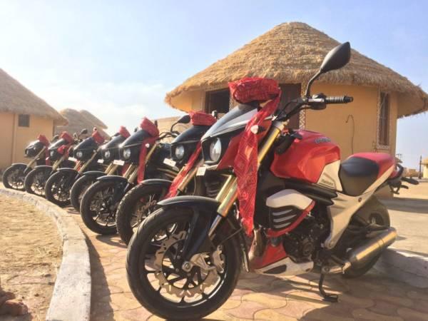 Mahindra-MOJO-Desert-Trail-Picture-02-600x450