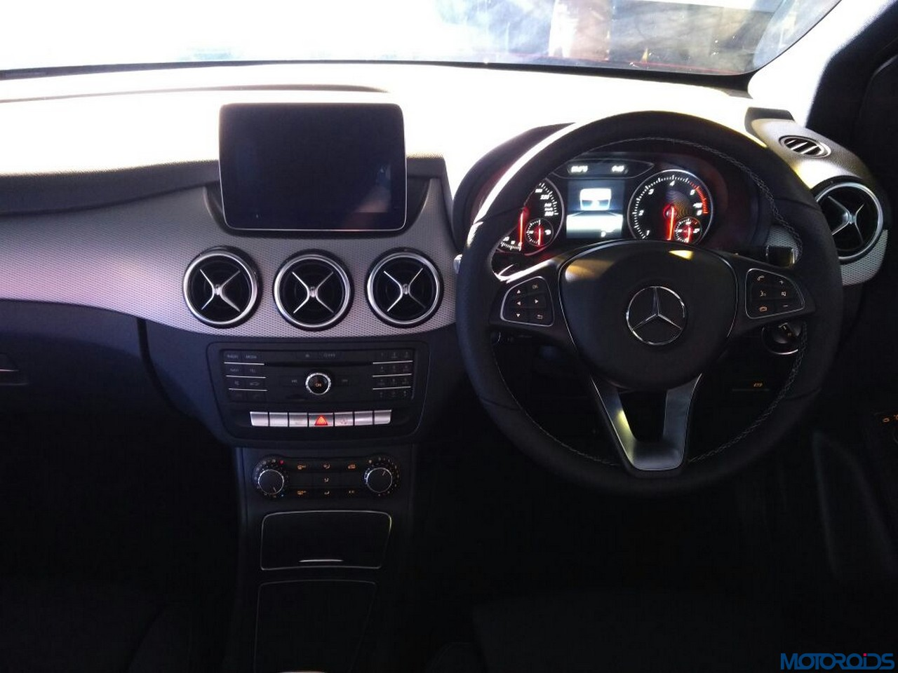 mercedes benz a class and b class 39 night edition 39 launched. Black Bedroom Furniture Sets. Home Design Ideas