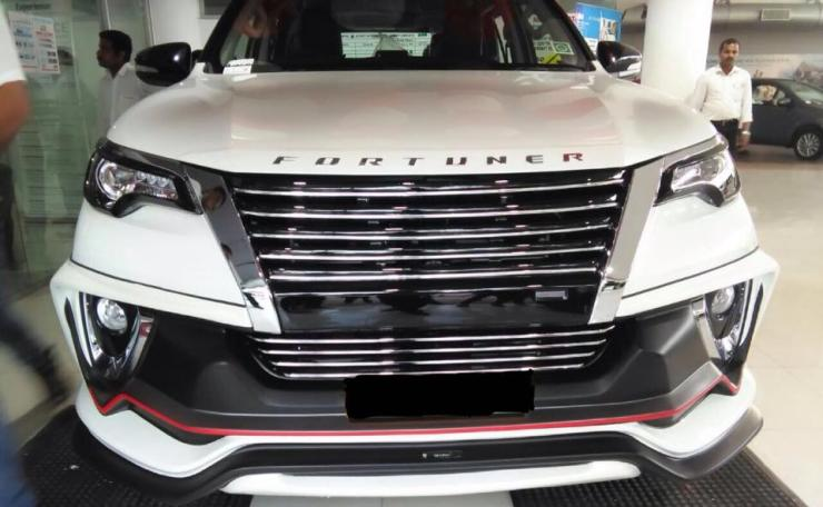 Modified-Toyota-Fortuner-with-NIppon-body-kit-2
