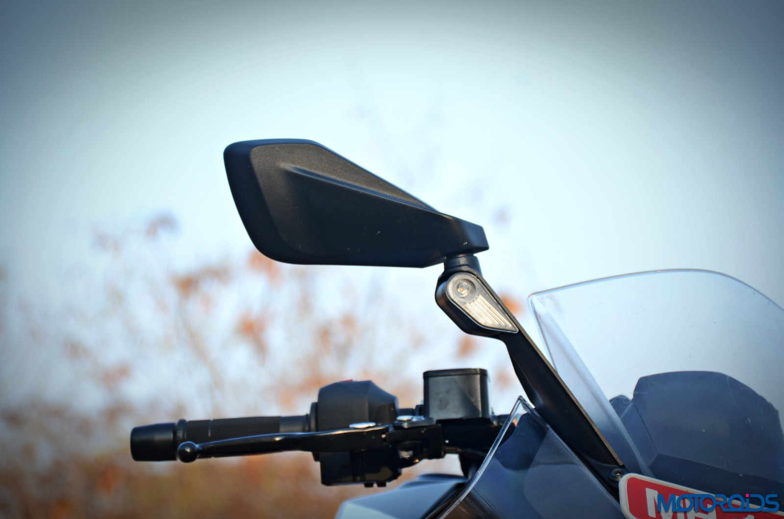 New-2017-KTM-RC390-RVM-mirrors