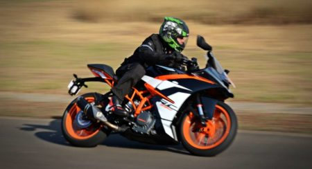 2017 KTM RC390 Track Review : Whetted Finer