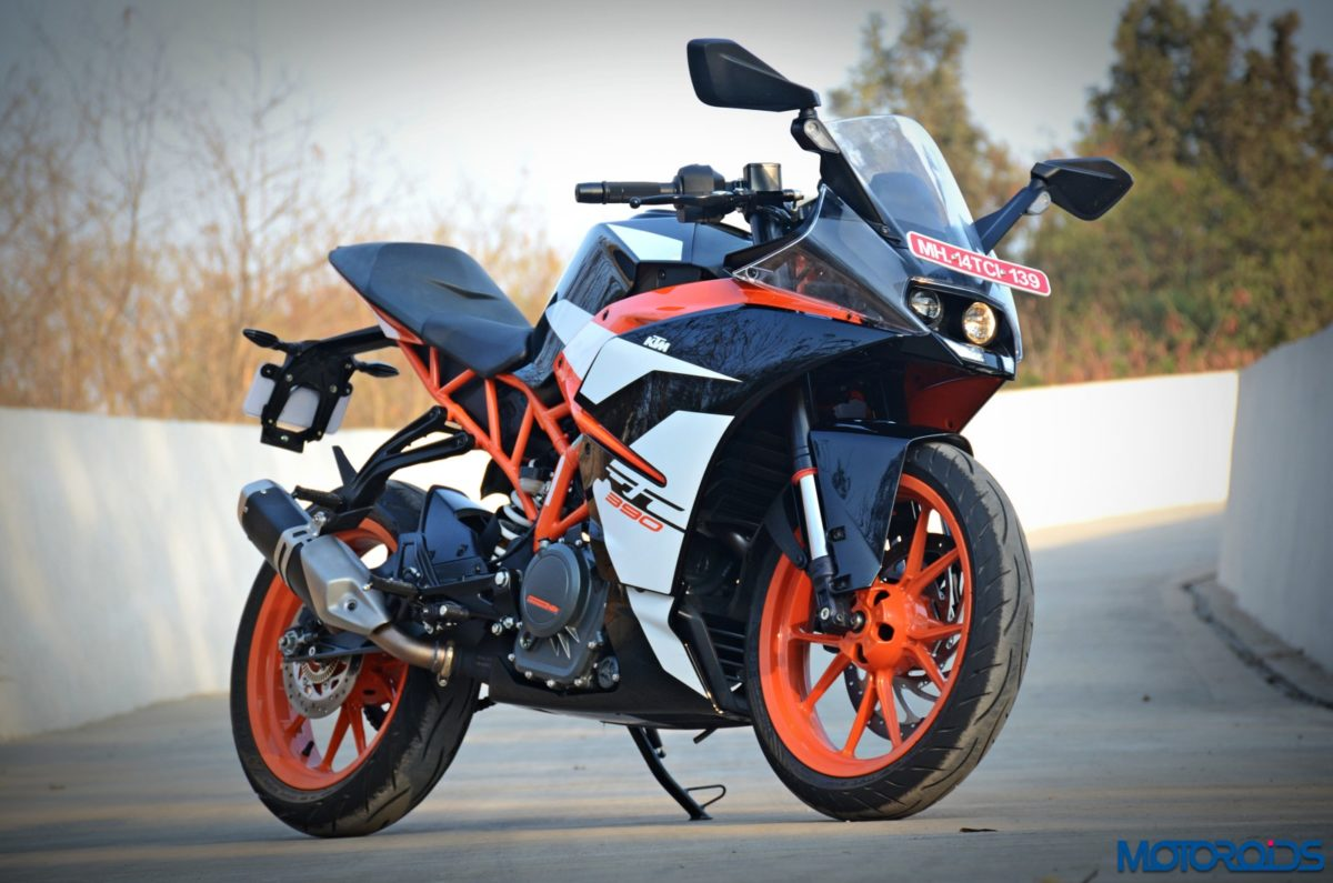 New 2017 KTM RC390 front