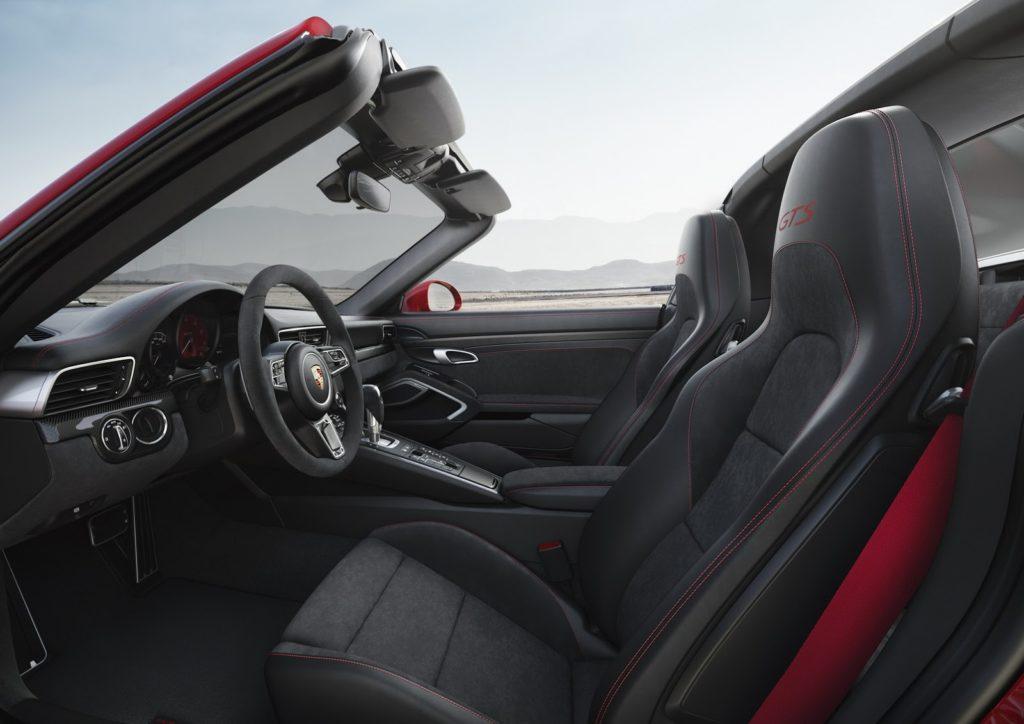 New-Porsche-911-GTS-13-1024x724