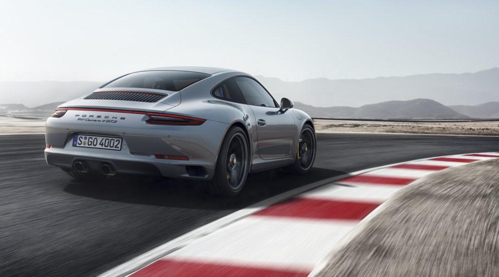 New-Porsche-911-GTS-7-1024x569