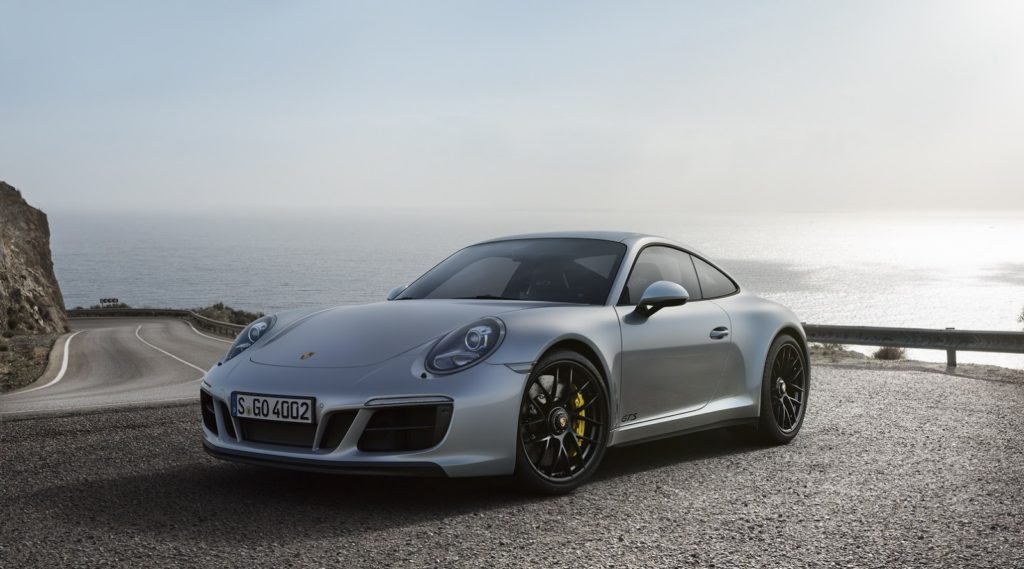 New-Porsche-911-GTS-9-1024x569