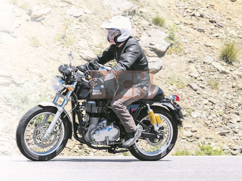 Royal-Enfield-Continental-GT-ABS-spied-1