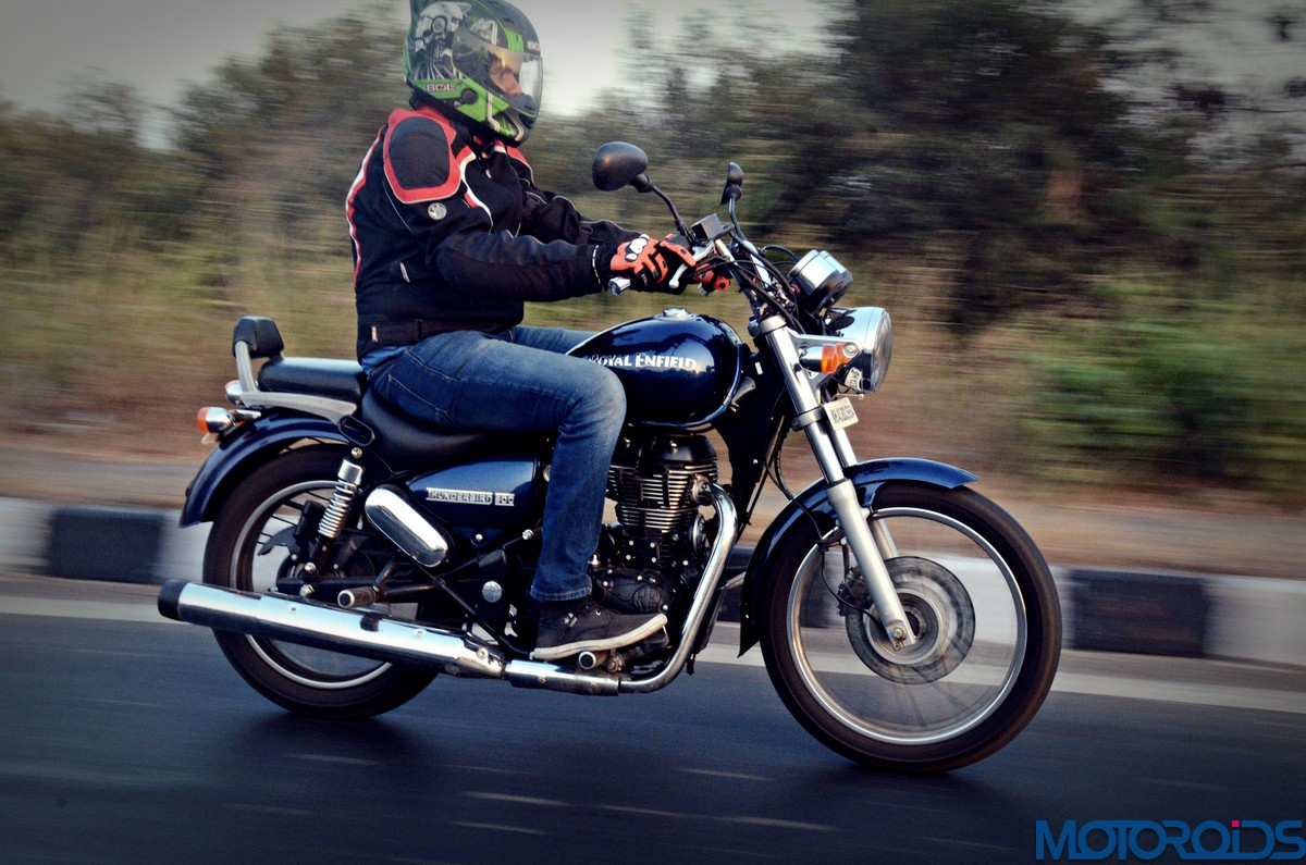 i tried falling in love with a royal enfield thunderbird 500 motoroids