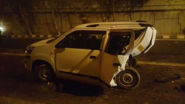 Speeding BMW X5 Crashes Into Maruti Wagon R Killing Its Driver (1)