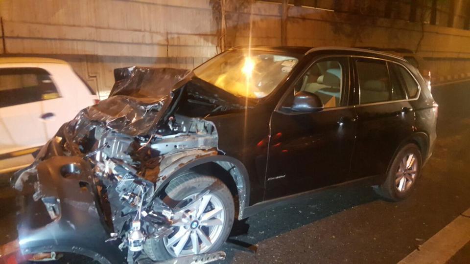Speeding-BMW-X5-Crashes-Into-Maruti-Wagon-R-Killing-Its-Driver-2