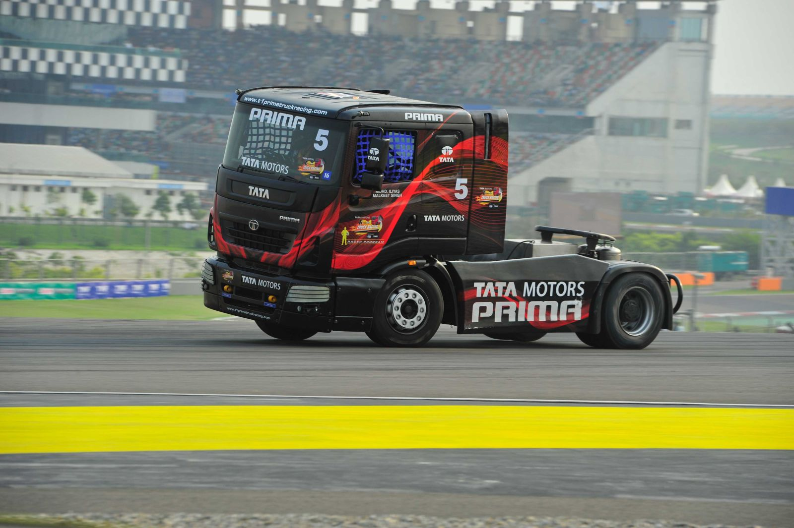 T1-Prima-Truck-Racing-Championship-1
