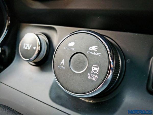 Tata-Hexa-interior-3-600x450