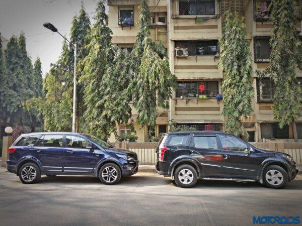 Tata-Hexa-vs-Mahindra-XUV500-size-600x450