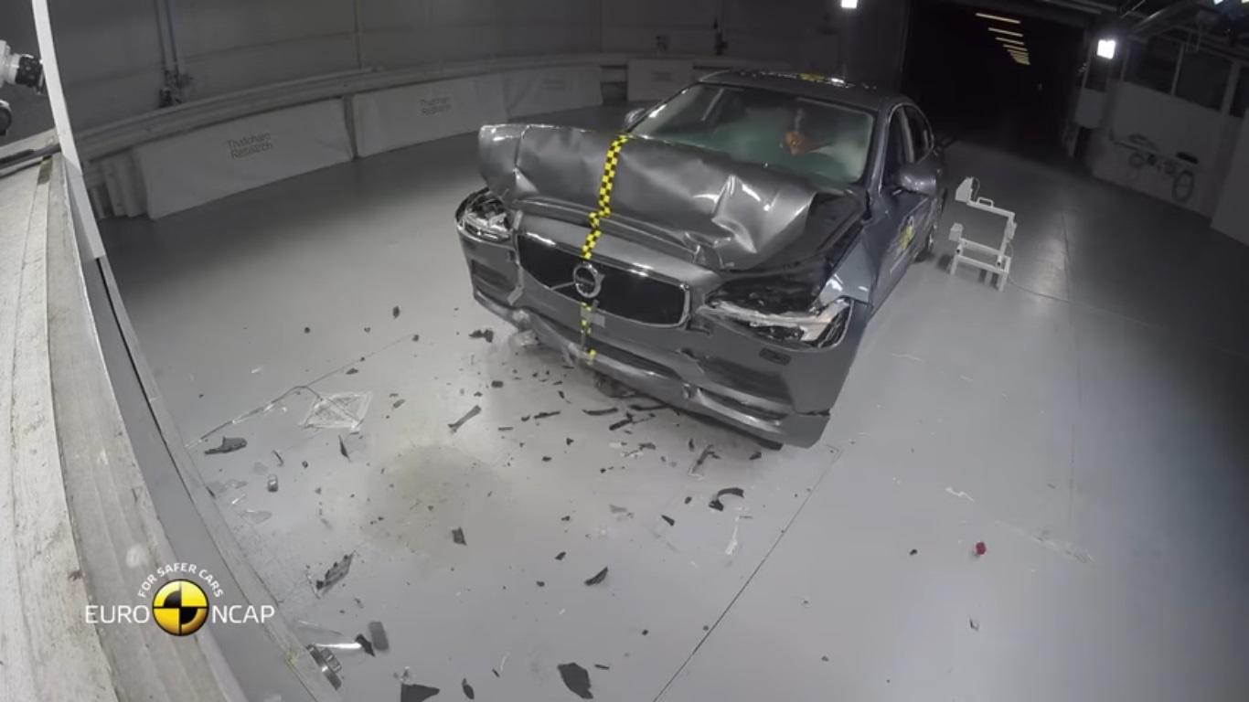 Volvo-S90-V90-Euro-NCAP-crash-test-3