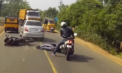 Watch This TVS Apache Riders Crazy Reflexes Save His Fellow Riders Life 500x300 VIDEO: Watch This TVS Apache Riders Crazy Reflexes Save His Fellow Riders Life