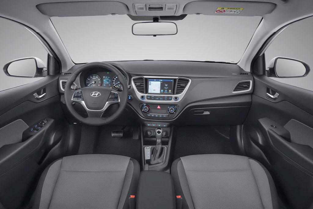 2017-Hyundai-Solaris-2017-Hyundai-Verna-Russia-2-1024x683