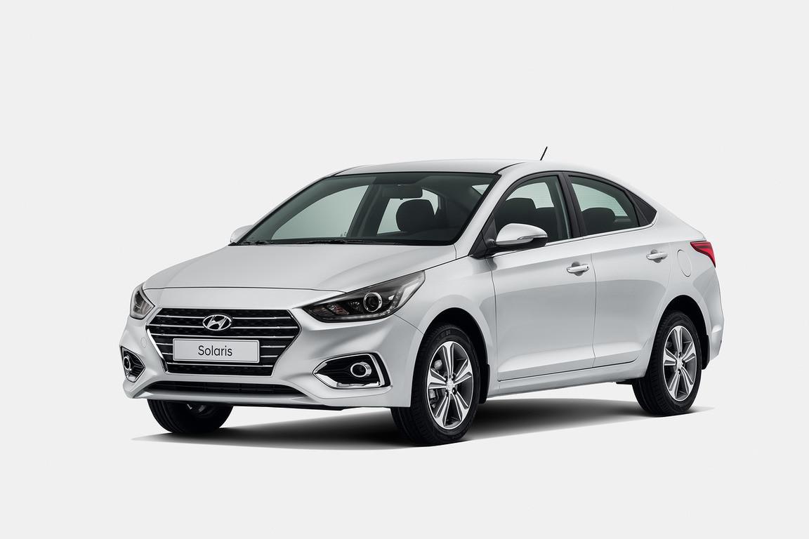 Upcoming 2017 Hyundai Verna Facelift Interior Teased