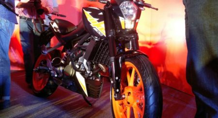 VIDEO: Here's All You Need To Know About The 2017 KTM 200 Duke