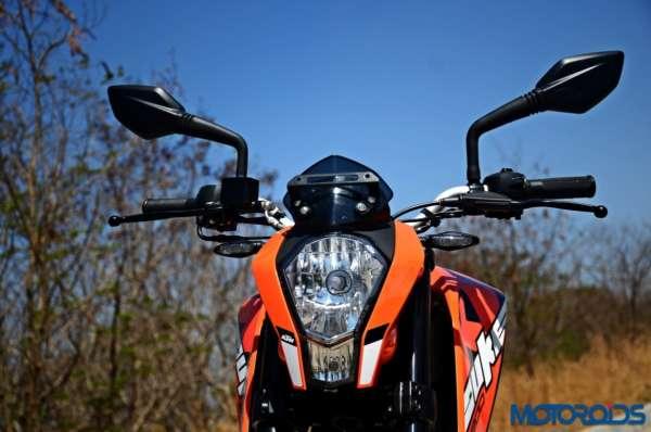 2017 KTM 200 Duke - Front View - Motoroids