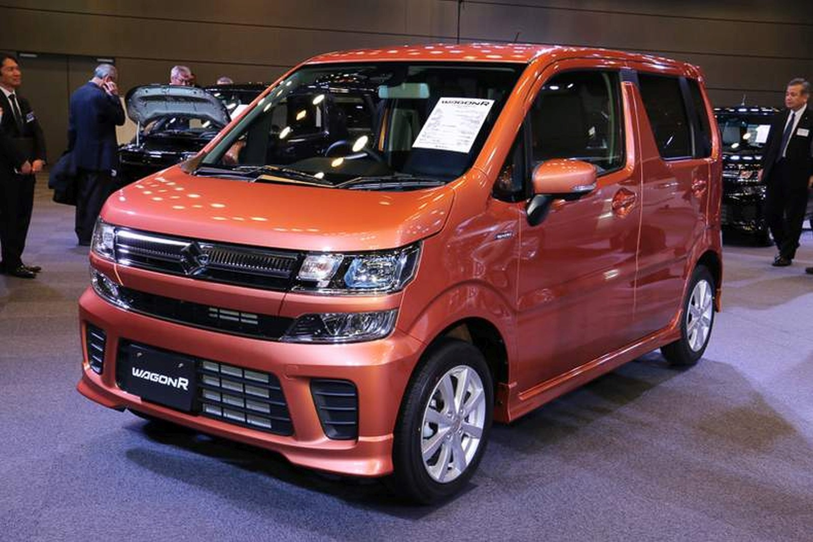 2017 suzuki wagonr and wagonr stingray prices features. Black Bedroom Furniture Sets. Home Design Ideas