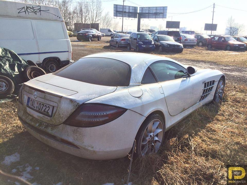 Abandoned-Mercedes-Benz-SLR-McLaren-2