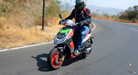 Aprilia Sr150 Race First Ride Review (15)